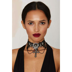 NASTY GAL Gothed Up Lace Choker Necklace